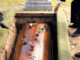 Resultado de imagen para enterrar a los difuntos
