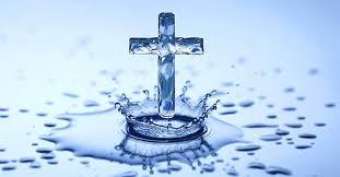 Agua Bendita: sus múltiples usos en nuestra vida » De una nube